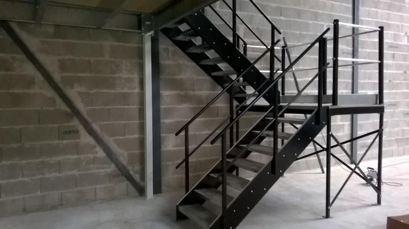 Top Escalier à palier BV18